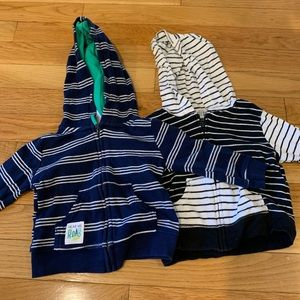 Lot 2 Carter's 6 month sweatshirts